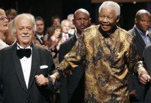 Photo of Mandela's lawyer, anti-apartheid activist George Bizos dies