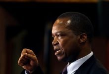 Photo of Zimbabwe's Central Bank to form new gold refining unit will  sell shares to miners